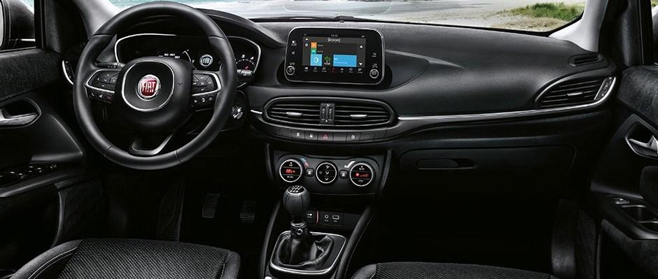 Fiat-Tipo-5-portes-infotainment