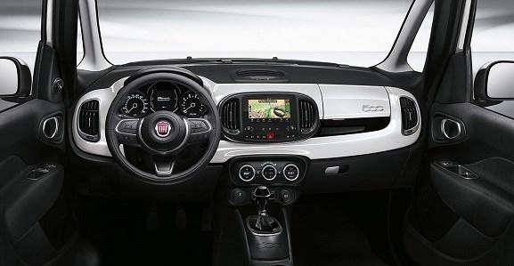 Fiat-500L-cross-tableau-de-bord