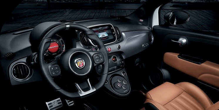 Abarth-595-turismo-interior