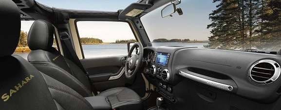 Jeep-Wrangler-interieur
