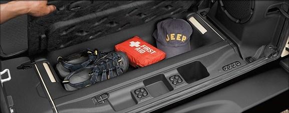 Jeep-Wrangler-coffre